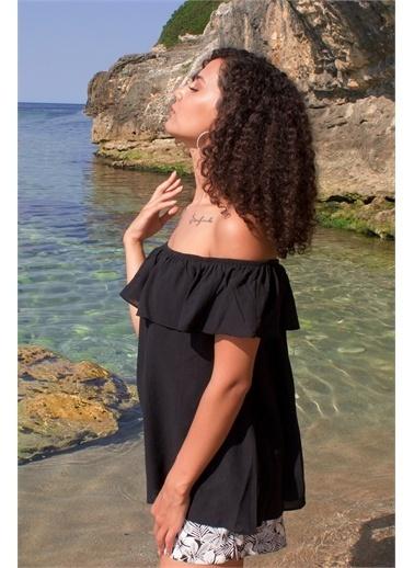 Curly  Yakası Fırfırlı Bluz Siyah